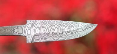 "Carbon steel damascus ""Ladder pattern"" Hollow grind. 98X30X3,5 mm"