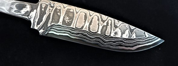 Carbon steel damascus with nickel and carbonsteel edge. 119X33X4
